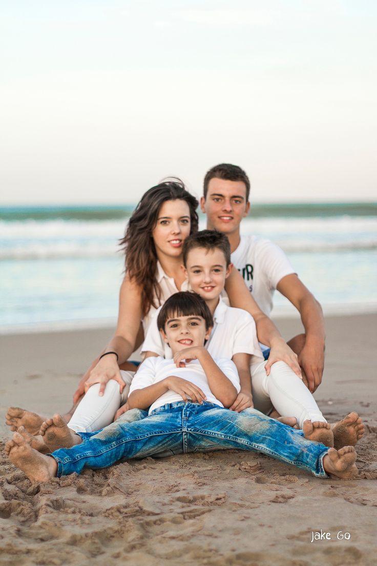 Reportaje fotografía familia playa Jake Go Studio Fotógrafo Fotògraf