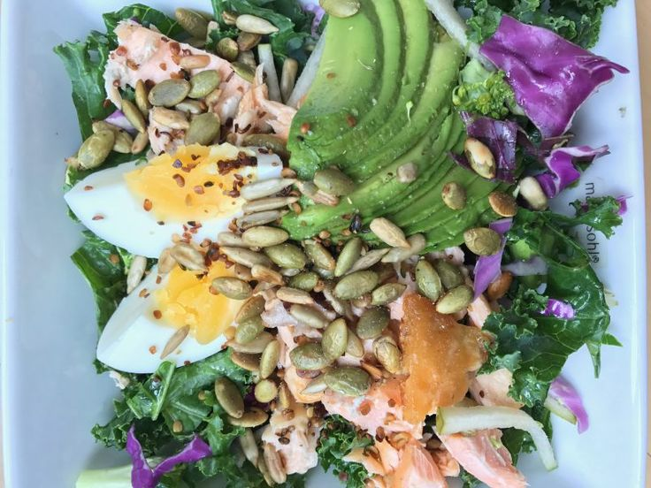 Mættende fiberrig proteinrig salat