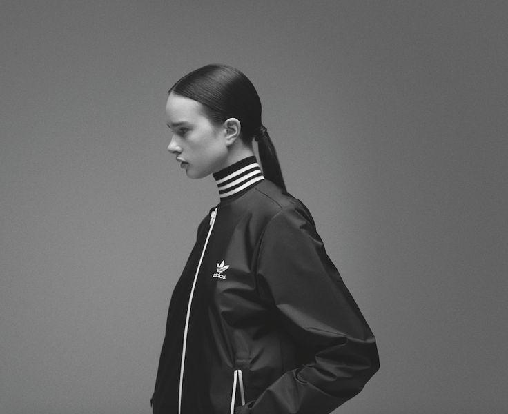 La marque au trèfle sait décidément bien s'entourer choisissant, cette fois-ci, les deux créatrices du label japonais Hyke. #cartonmagazine