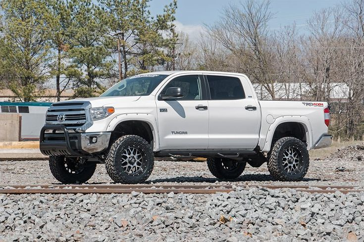 Lift Kits For Jeeps >> ROU- 772.20 Rough Country 4IN Suspension Lift Kit Fits 2016 Toyota Tundra | Toyota tundra ...