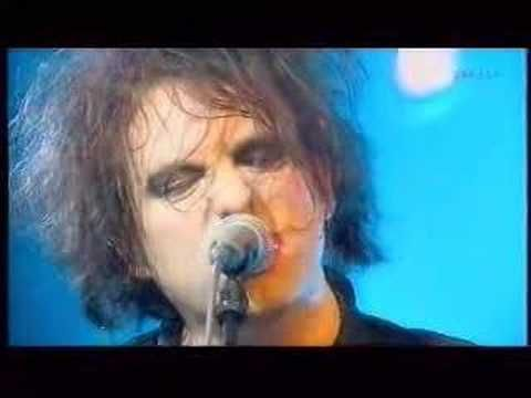 Love me some Robert Smith <3 Love song- the cure