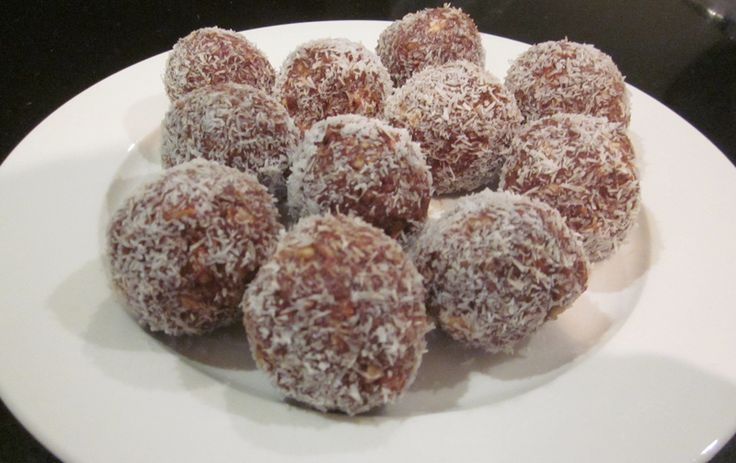Day 37 of 45 – Healthy Chocolate Coconut Balls