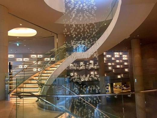The chic and sleek hotel design at Grand Hyatt Incheon offers a subtle blend of Western and Korean traditions.