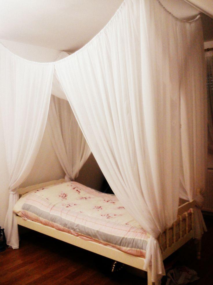 42 best images about baldachin beds on pinterest indoor hammock lightning and bedspreads. Black Bedroom Furniture Sets. Home Design Ideas