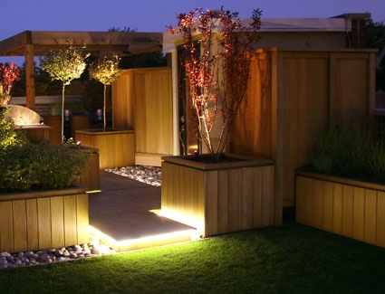 Rooftop Garden: LED lighting on artificial turf and pebbles