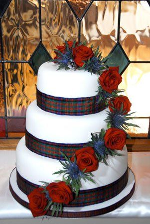 Red Roses, Thistle & Tartan Cake