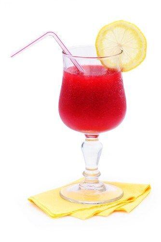 Клубничный лимонад с гуавой