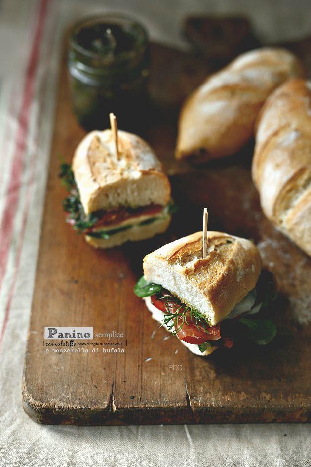 Panino semplice con Culatello, mozzarella di Bufala e pesto di foglie di Barbabietola | PANEDOLCEALCIOCCOLATO