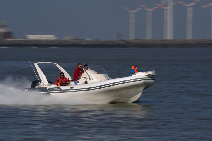 Rent a powerboat @ Knokke Boat Rental