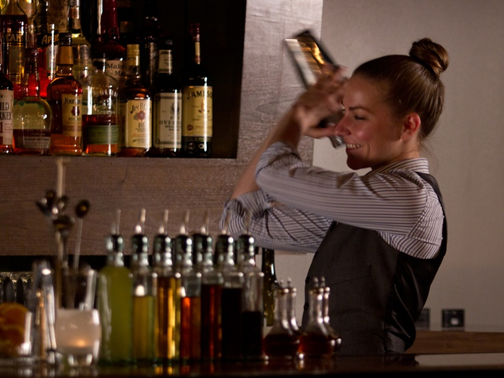 Best Shoes Female Bartenders