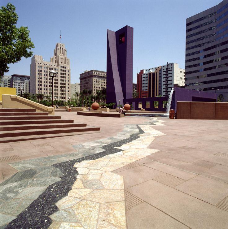 4 Shortlisted to Revitalize Los Angeles' Oldest Park,AD Classics: Pershing Square / Ricardo Legorreta + Laurie Olin. Image © Legorreta + Legorreta, photograph by Lourdes Legorreta
