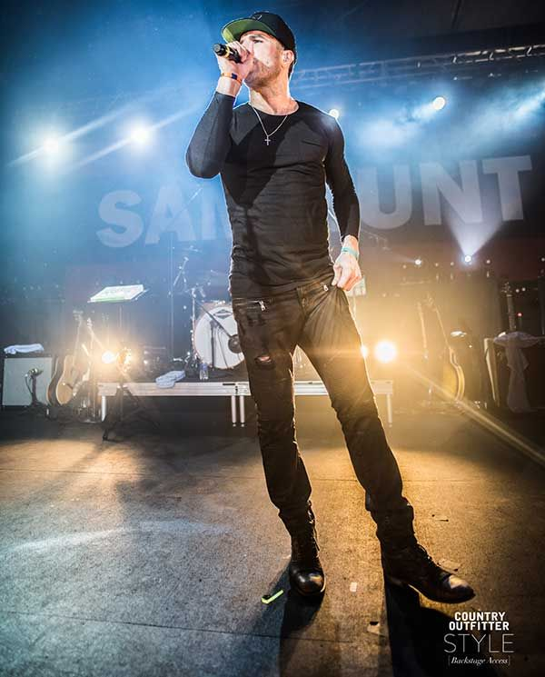 EXCLUSIVE: Sam Hunt Concert Photos: http://www.countryoutfitter.com/style/exclusive-sam-hunt-concert-photos/