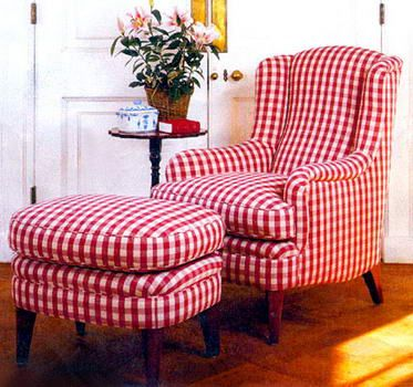 Red & White checks...There was one of these at the Peddlers Mall & it was really attractive