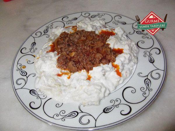 Ali Nazik Kebabı - Pratik Yemek Tarifleri. Gurme resimli kolay pratik Ali Nazik Kebabı nasıl yapılır yapılışı yapımı hazırlanışı