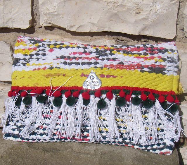 weaving wall art and bags:      Υφαντό χειροποίητο τσαντάκι χειρός διαστάσεων...