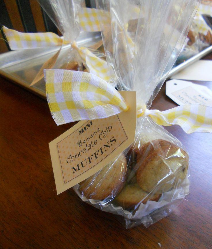 cute way to wrap skinny cookies...