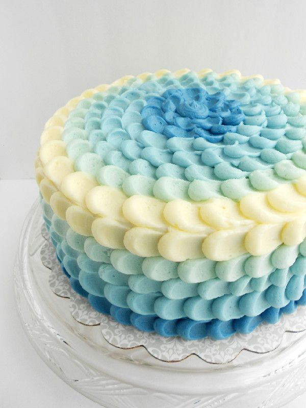 Culinary Couture: Blue Ombre Petal Cake ( this is easy even I can do it. Great pictured tutorial she also provides a video but her pic on her blog are good. Just need to order more pastry bags)**LL