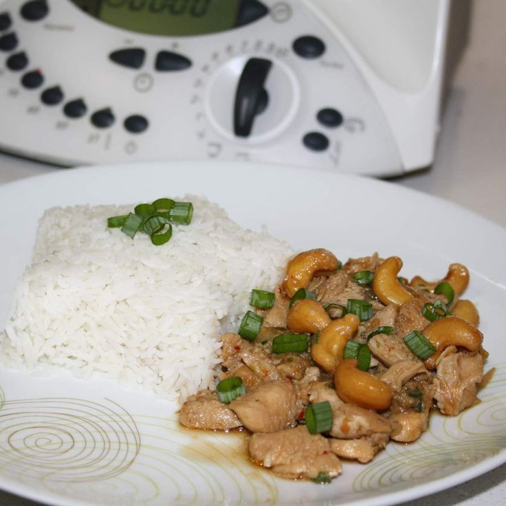 Chicken and Cashews - Thai Style