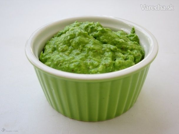 Pesto nemusí byť len bazalkové: Pripravte si 10 druhov zeleného pesta - Magazín