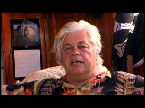 Paul Watson:The Whale Warrior-A Pirate for the Sea Published on Apr 23, 2015