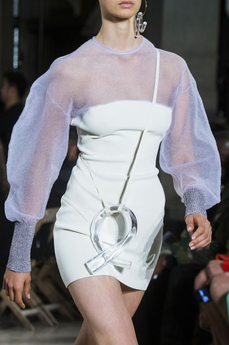 Esteban Cortazar auf der Paris Fashion Week Spring 2019