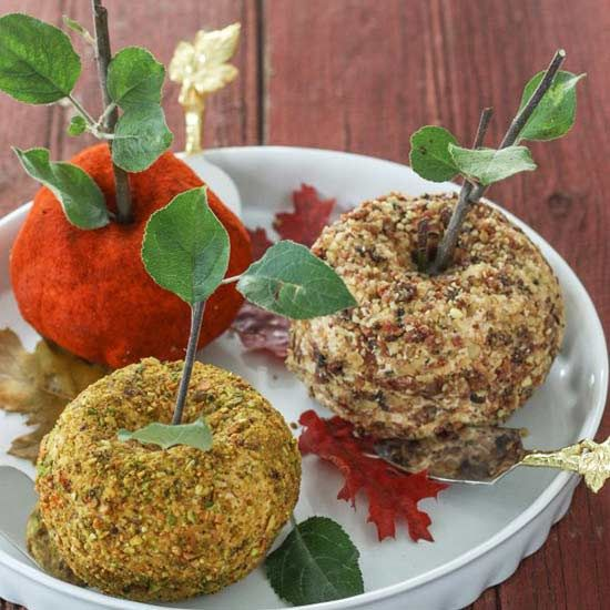 Cheese balls are a classic appetizer for any season, but we gave this creamy recipe a distinctly autumn twist by shaping them to look like fresh fall apples.