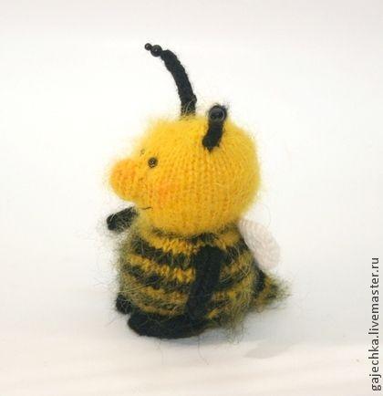 Мохнатый шмель. Вязаная игрушка. - жёлтый,черный,шмель,пчела,пчелка,мед