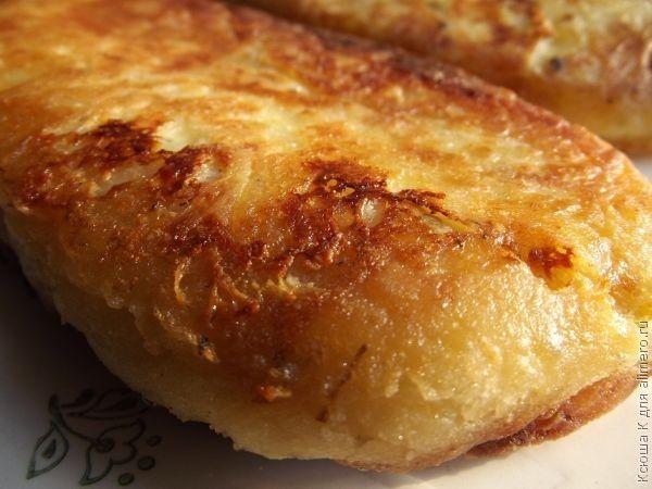 Простые рецепты из картофельного пюре Картофельное пюре — это та пища, которую очень часто мы видим у нас на столе. Но не стоит забывать, что оно может быть не только основным блюдом, но ингредиентом,…