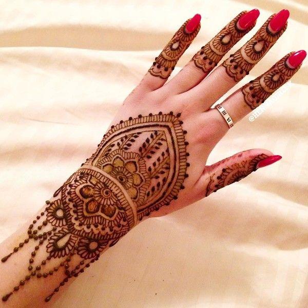 Bridal Mehndi On Hands In Maharani Finalist Henna Girl UK