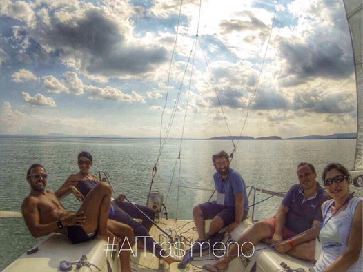 Un pomeriggio a vela #AlTrasimeno... Con lo skipper è facile anche se è la prima volta!