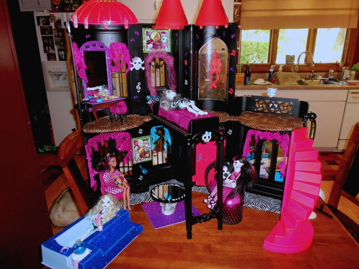 Some ideas for my daughter's custom made Monster High doll house