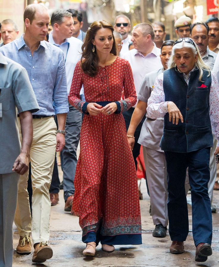 The Duchess of Cambridge in flats? We're totally loving this.