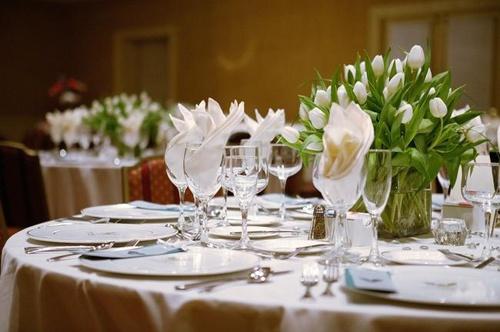 Simple Yet Elegant Wedding Table Setting Special Events
