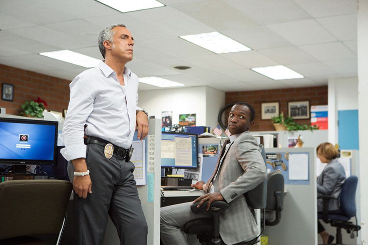 BOSCH Season 2 Scoop from Titus Welliver, Michael Connelly and Eric Overmyer