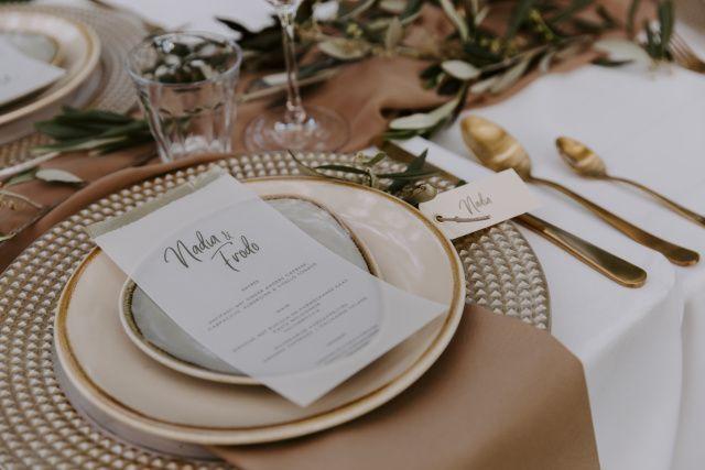 Styled Shoot Corona Proof Bruiloft Met Italiaanse Sfeer Bruiloftdecoratie Bruiloft Tafelschikking