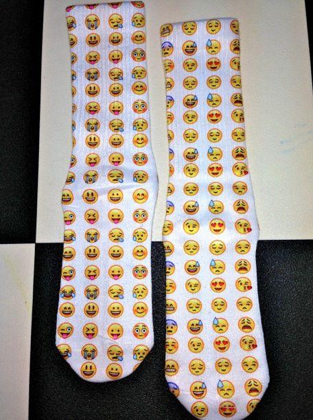 emoji socks - photo #13