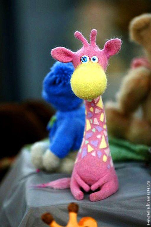 Купить Жираф Чумачеч - жираф, жирафа, розовый цвет, шерсть 100%, валяная игрушка, Валяние