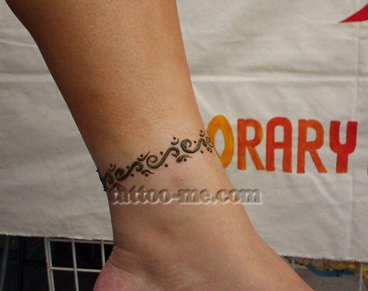 Ankle henna tattoo -