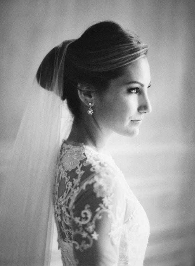 Classic + regal bridal portrait: http://www.stylemepretty.com/2016/03/08/tented-at-home-chicago-wedding/ | Photography: Jose Villa - http://josevilla.com/