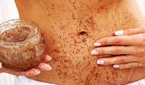 Prueba este super peeling casero contra la celulitis: El café, la sal y el aceite de coco van hacer maravillas para tu circulación!