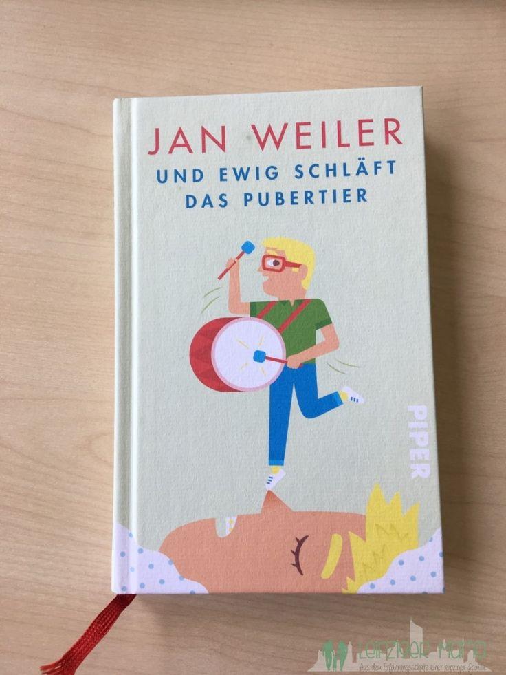"""Nachdem ich euch nun schon über den Film """"Das Pubertier"""" berichtet habe, musste natürlich auch das aktuelle Buch von Jan Weiler her. Wenn ich mich jetzt nicht ganz täusche, ist es das dritte Buch in dieser Reihe. Auch wenn einige andere Titel seiner Werke so klingen, als würden sie irgendwie dazu gehören 😉 """"Und ewig …"""