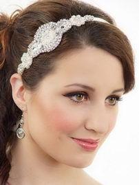 Свадебная повязка для прически невесты. Модный тренд 2015!