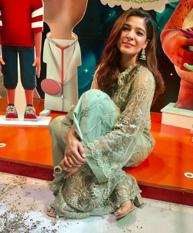 Ayesha Omar Wallpaper: Best 10+ Pakistani Actress Ideas On Pinterest