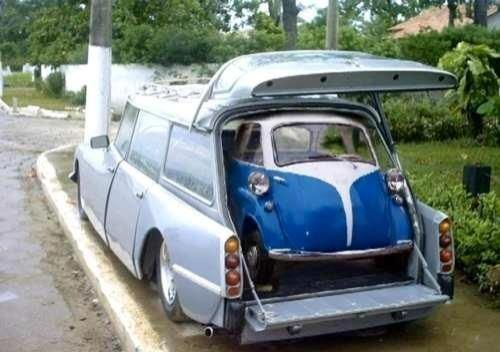 Citroen DS giving birth to a BMW Isetta.... This explains a lot