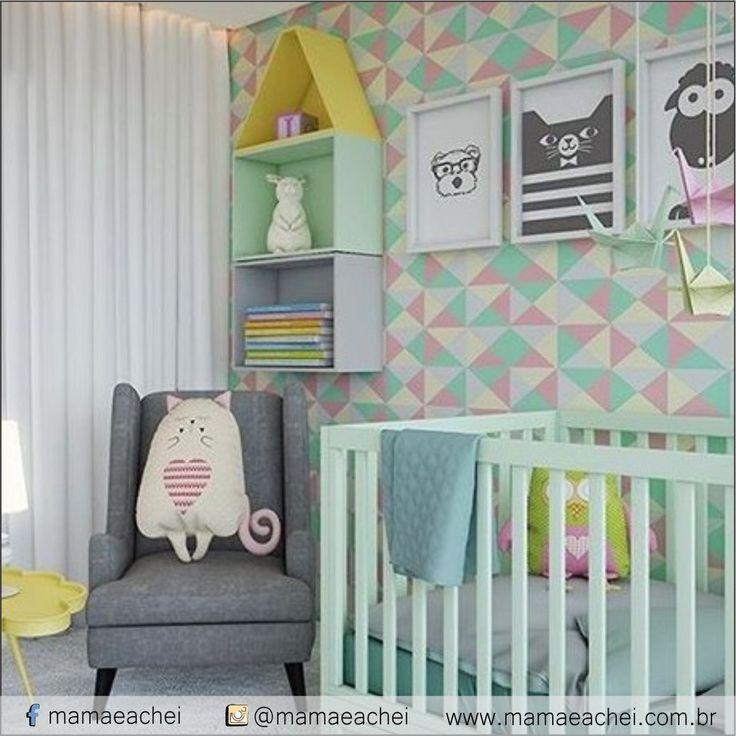 Inspiração: Decor para quarto de bebê - Cores. Projeto: Camila Klein E no nosso SHOPPING VIRTUAL www.mamaeachei.com.br tem quadrinhos parecidos e fofos como esses da foto. VEM VER!