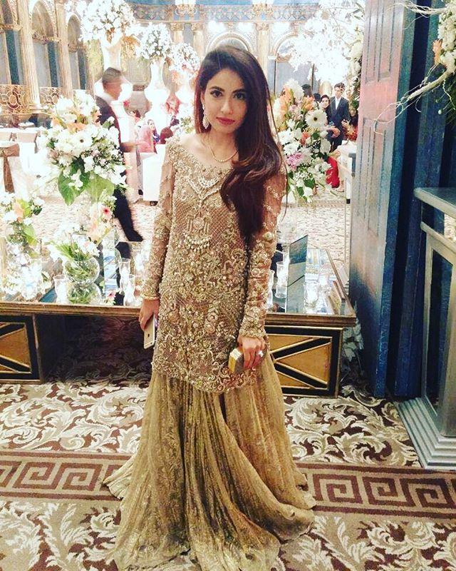 Alyzeh Rahim wearing a Zara Shahjahan formal.@alyzehrs #zarashahjahan #pakistan #luxury #heritagewear #fashion #weddingwear