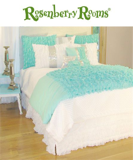 The Turquoise Chiffon Duvet Cover is the perfect stylish finishing touch for your child's bedding!  Part of the Glitz and Glamour in Turquoise Bedding Collection, these opulent and girly bedding pieces will make a feminine statement in any room!