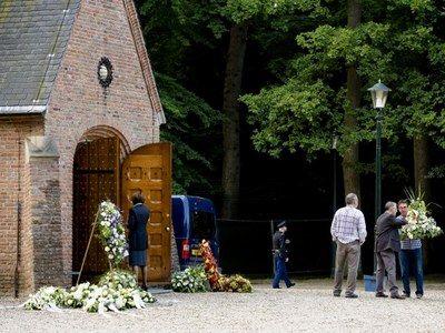 Bekijk de voordracht van de dominee tijdens de uitvaart van prins Friso - nrc.nl