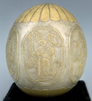 Ostrich egg shell is one of the earliest craftwork materials in history