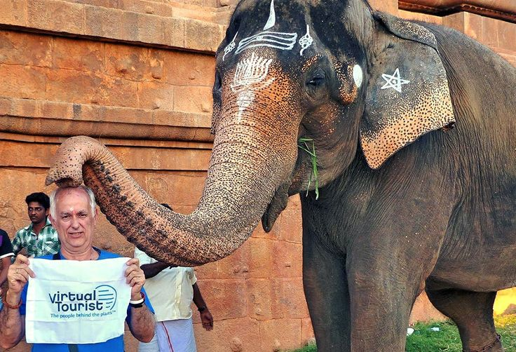 Temple Elephant Blessing @VirtualTourist_ The people behind the places. http://www.tech-wonders.com/2015/07/5-extremely-useful-travel-website-travel-advice-travel-guides-travel-tips.html